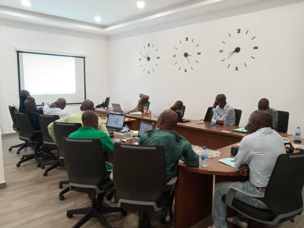 STG-CA-680 SMART technology team training credit Berthin MBANGUI